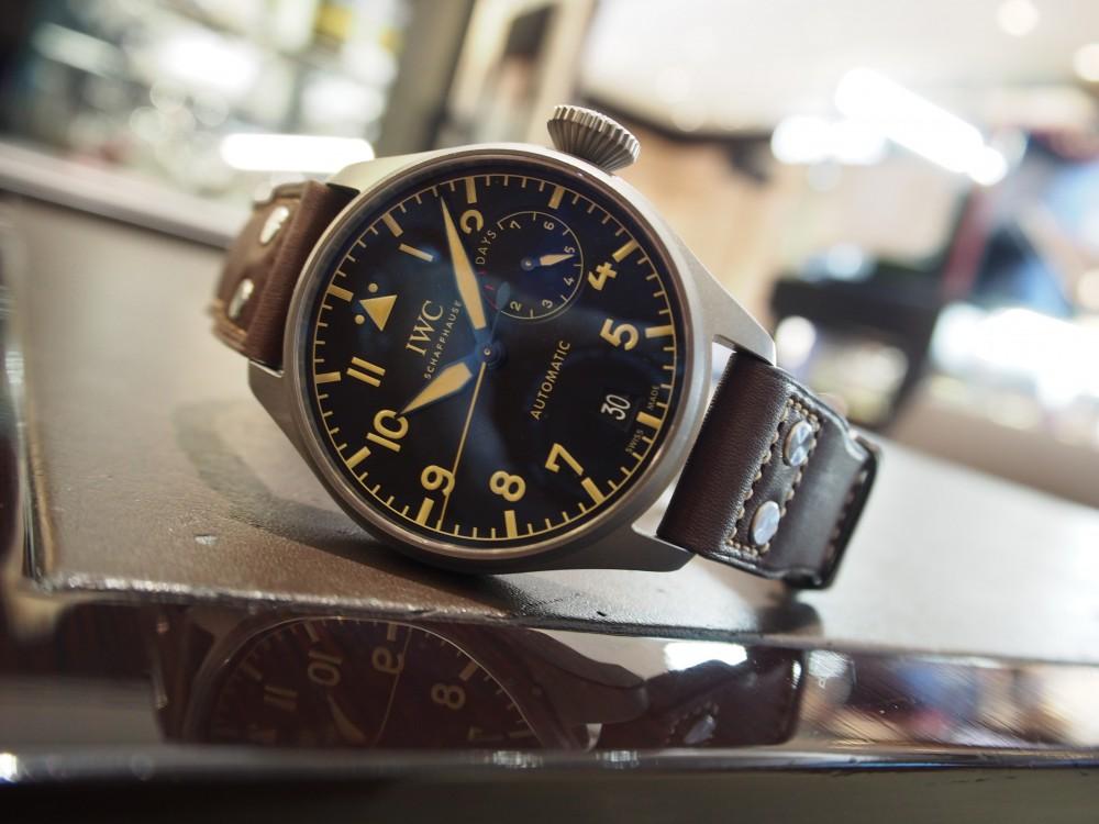 IWCフェア開催に伴い、存在感と迫力抜群のお時計のご紹介!~ビッグ・パイロット・ウォッチ・ヘリテージ ~