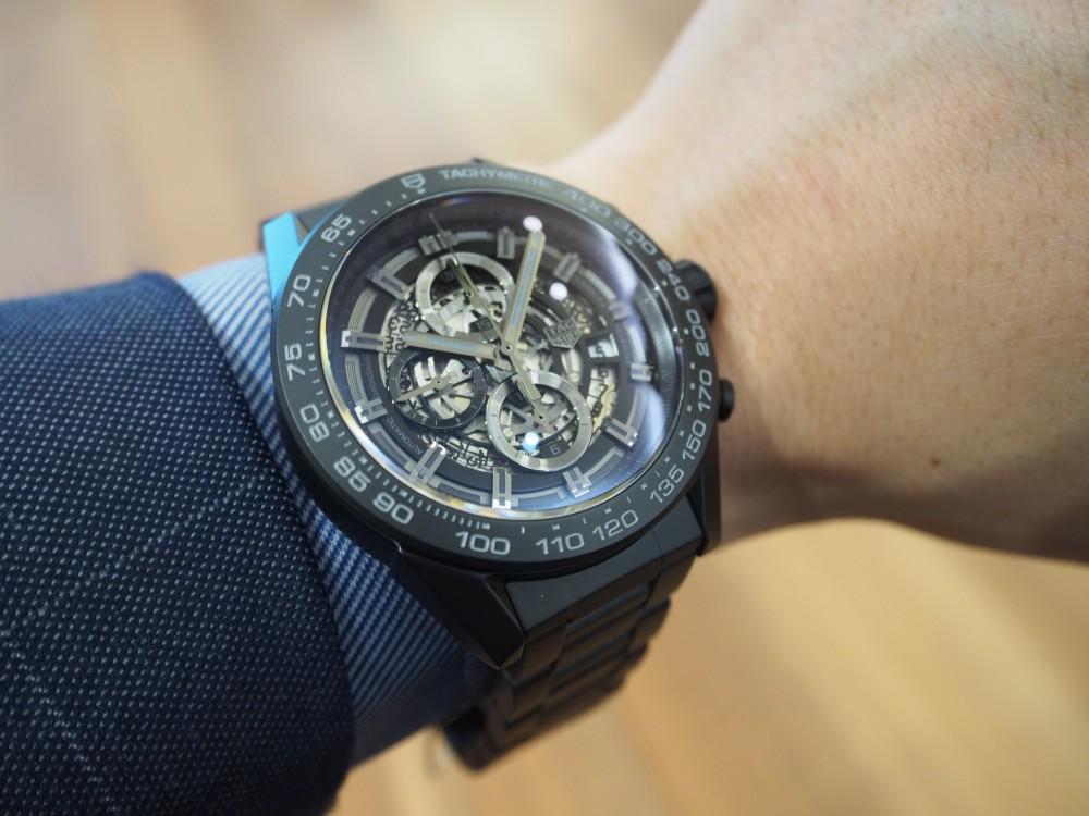 セラミックを贅沢に使用した時計でこの夏をラフに乗り切りましょう!タグ・ホイヤー/カレラ キャリバー ホイヤー01-TAG Heuer -P5112790
