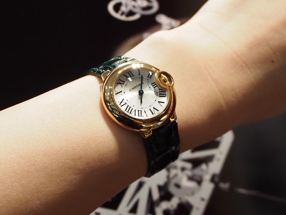 スタッフ愛用カルティエバロンブルーの衣替え♪-Cartier(取扱い終了) ヒルシュ オーダーストラップ -P1111221