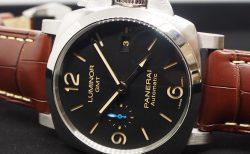 年代問わず愛されるパネライ、GMT機能を備えたPAM01320のご紹介。