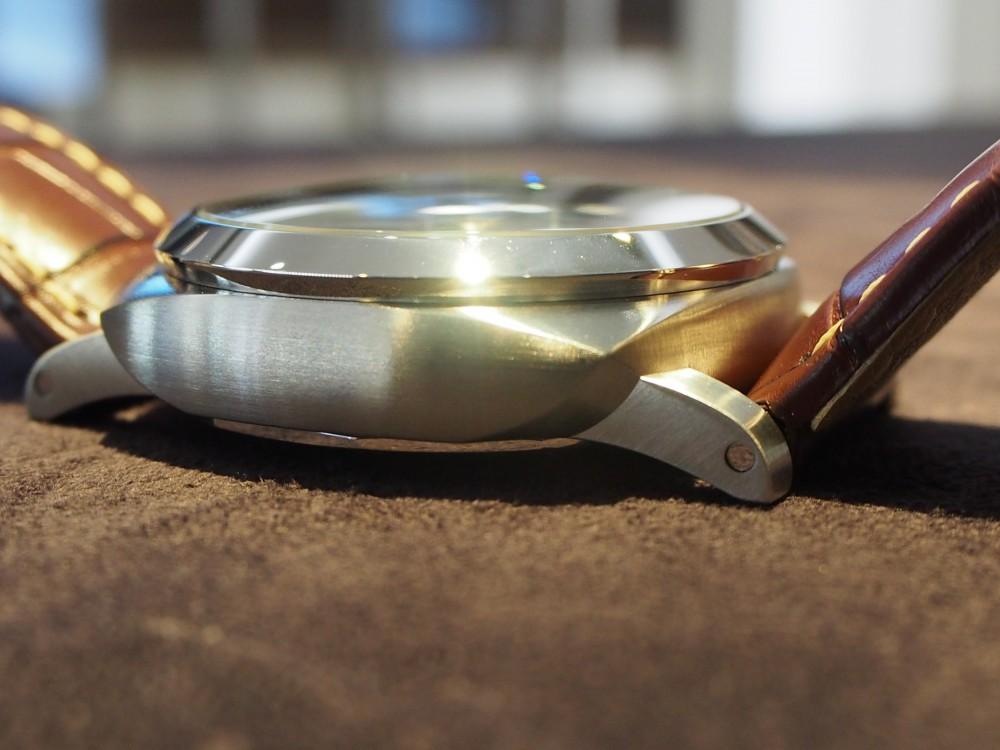 年代問わず愛されるパネライ、GMT機能を備えたPAM01320のご紹介。-PANERAI -P1271546