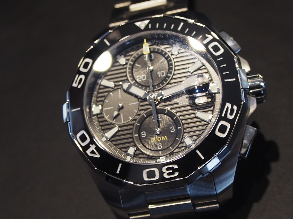 300メートル防水なら時計を着けたまま海にだって潜れちゃう!タグ・ホイヤーのダイバーズウォッチ!-TAG Heuer -P5040844