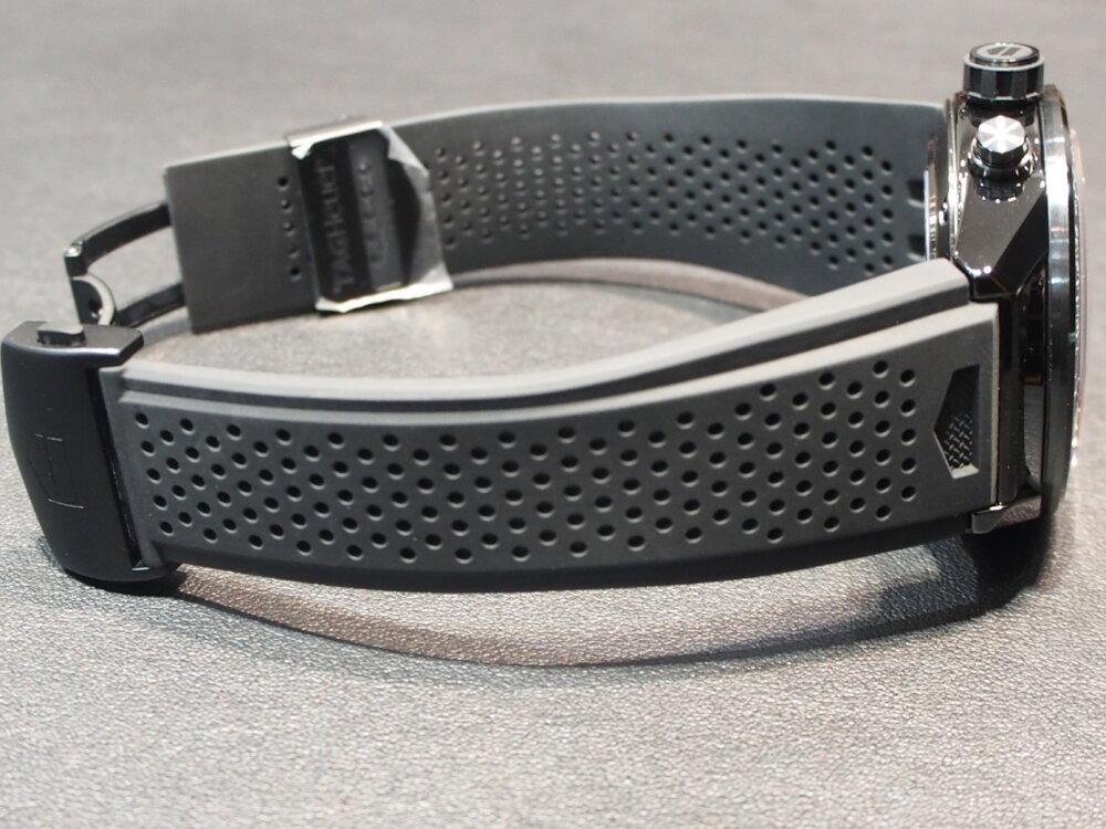 これぞタグ・ホイヤー!セラミックを使用した最強モデル「カレラ ホイヤー01」-TAG Heuer -P7152421