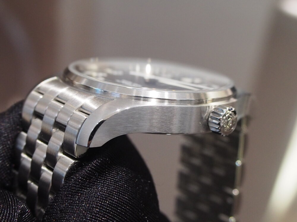 【IWC/パイロットウォッチ】視認性に富んだ超シンプル時計!「マークXVIII」-IWC -P8273091