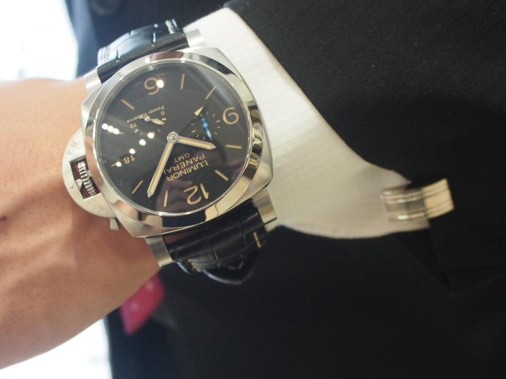【パネライ】機械式時計デビューの方も使いやすい!!しっかり便利な機能が入ったPAM01321-PANERAI -P9010038