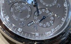 1年で1回だけしか変わらない「西暦」を機械式時計で楽しめるモデル。IWC ダ・ヴィンチ・パーペチュアル・カレンダー