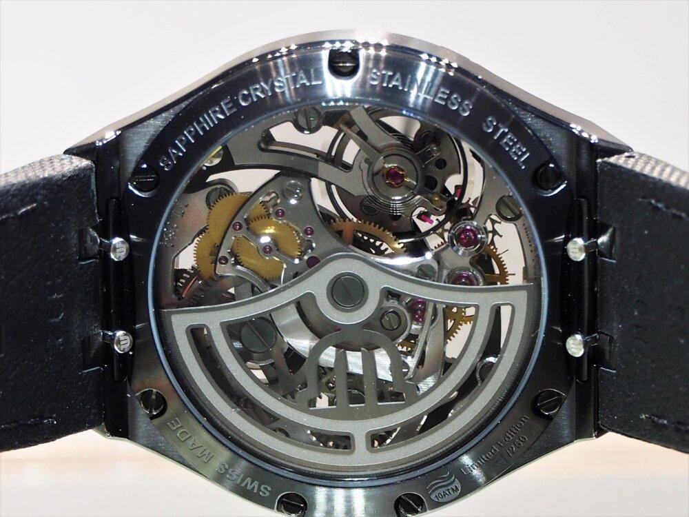 """【モーリス・ラクロア】""""BLACK IS BEAUTIFUL"""" アイコン オートマチック スケルトン 限定モデル-MAURICE LACROIX -P5122591"""
