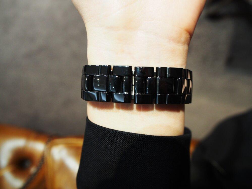 【シャネル】J12 セラミックとブラックの組み合わせが可愛い!-CHANEL -P7273781-2