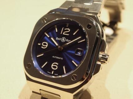 【ベル&ロス】鮮やかなブルーが魅力的な人気モデル!BR05 BLUE STEEL
