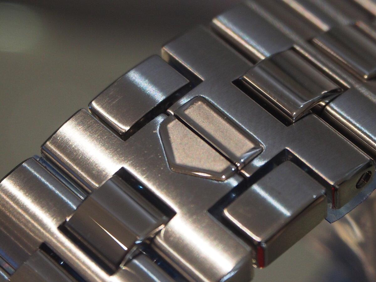 タグ・ホイヤー モナコ、ついにブレスレットモデルが登場!-TAG Heuer -PC086349