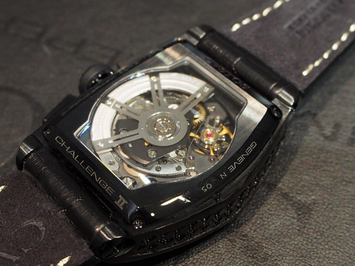 【クストス】ブラックダイヤが存在感溢れる、ラグジュアリーな一本。チャレンジクロノⅡ-CVSTOS -PC256839