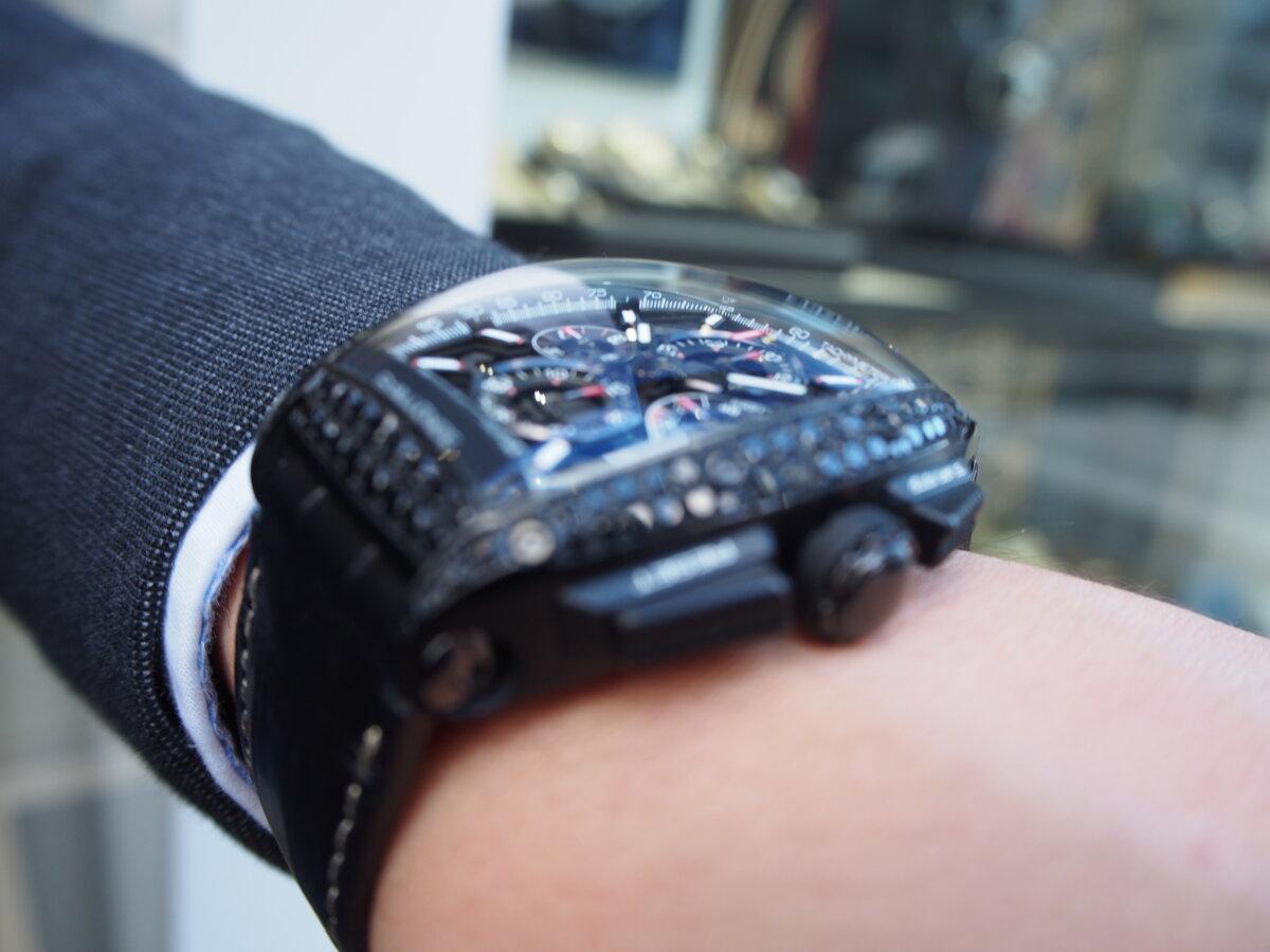【クストス】ブラックダイヤが存在感溢れる、ラグジュアリーな一本。チャレンジクロノⅡ-CVSTOS -PC256862