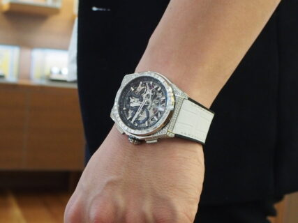 【お客様の時計紹介】ZENITH デファイ エル・プリメロ21を「ホワイトアリゲーター」に付け替え!