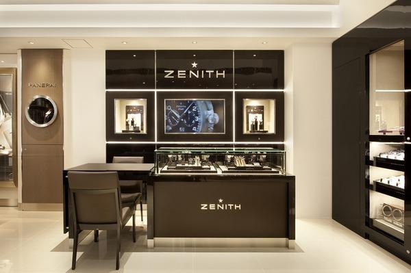 ZENITH:クロノマスター1969ブラック文字盤入荷です。03.2042.4061/21.C496-ZENITH -8b07aaa3-s