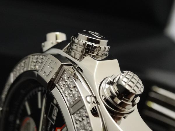 ダイヤモンドがセットされた特別仕様のスーパーアベンジャーⅡ!-BREITLING -e9154997-s