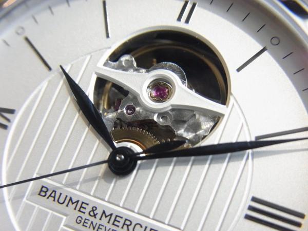 2016年SIHH新作モデル入荷。クラシマ40mmオープンバランス~BAUME&MERCIER~-▶SIHH|WW -R0014779-600x450
