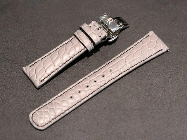 1960年代からインスパイアされた、クラシマ・スモール・コンプリケーション~BAUME&MERCIER