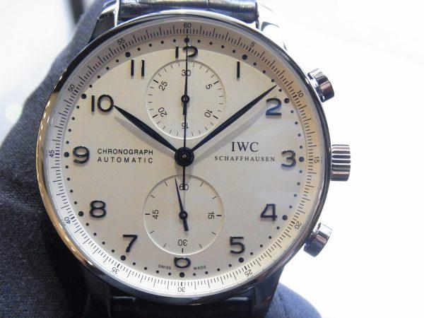スタイリッシュなクロノグラフモデル、ポルトギーゼ・クロノグラフ~IWC~-IWC -R0018565-600x450