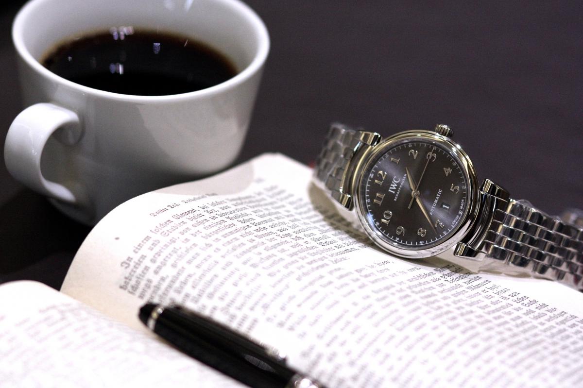 IWC2017年新作モデル、シンプルでエレガントな時計「ダヴィンチ・オートマチック」。