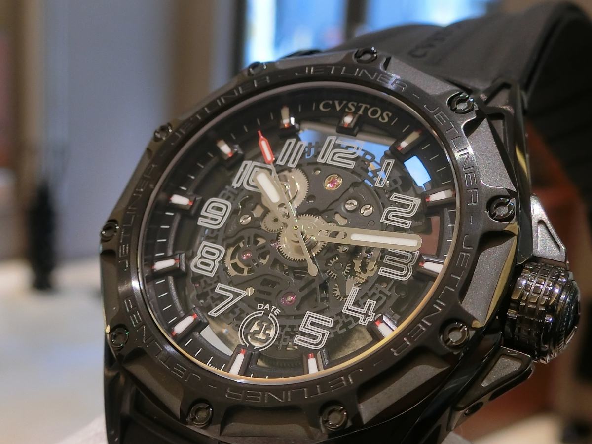 フェア期間も残り僅か!今週の週末は、oomiya大阪心斎橋店へ『クストス』の時計を見に行こう!
