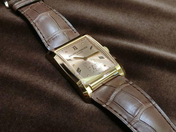 直線と曲線の組み合わせが魅力的なスクエア型時計「ハンプトン」-BAUME&MERCIER -CIMG3463-600x450