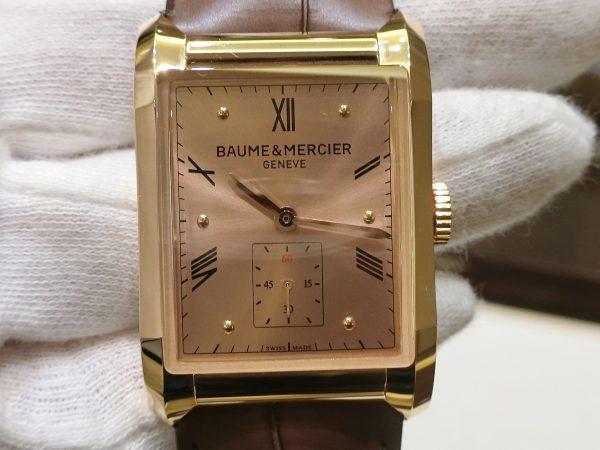直線と曲線の組み合わせが魅力的なスクエア型時計「ハンプトン」-BAUME&MERCIER -CIMG3464-600x450