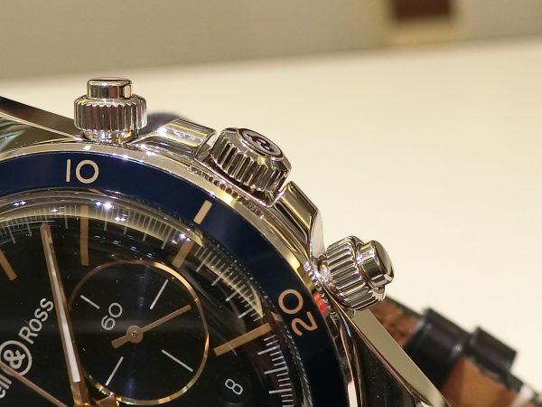 ブルー×ゴールドの配色が魅力的な ベル&ロス 「ヴィンテージBR V2-94 AERONAVALE」-Bell&Ross -CIMG4090-600x450