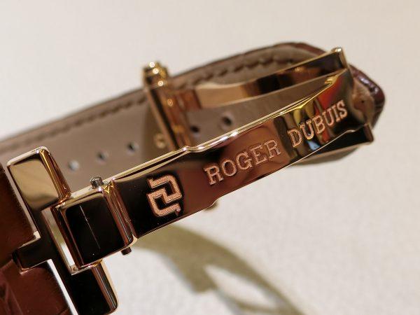 秋には暖かみのあるゴールド×ブラウインがグッドチョイス「エクスカリバー42 マイクロローター オートマティック」~ROGER DUBUIS~-ROGER DUBUIS -CIMG4739-600x450