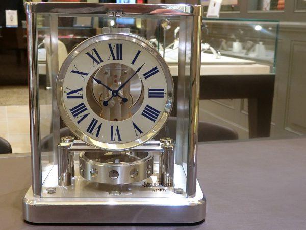 ジャガー・ルクルト 半永久的に動き続ける時計。oomiya大阪心斎橋店から「アトモス」をご紹介。-Jaeger-LeCoultre -CIMG6263-600x450