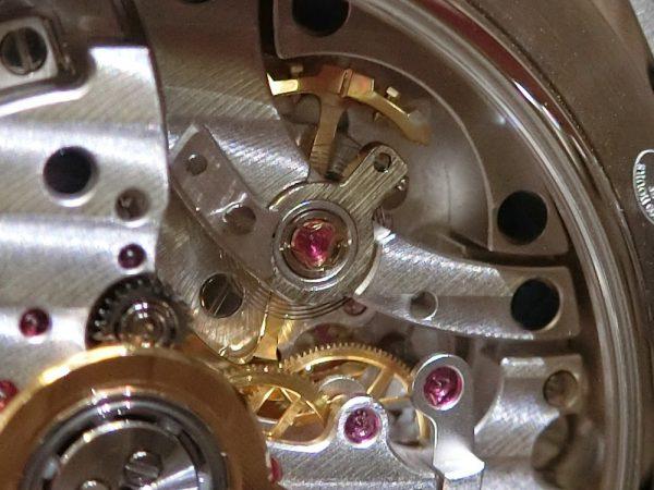ジャガー・ルクルト 24タイムゾーンを同時に指し示すトラベルウォッチ。oomiya大阪心斎橋店から「ジオフィジック ユニバーサルタイム」をご紹介!-Jaeger-LeCoultre -CIMG7100-600x450