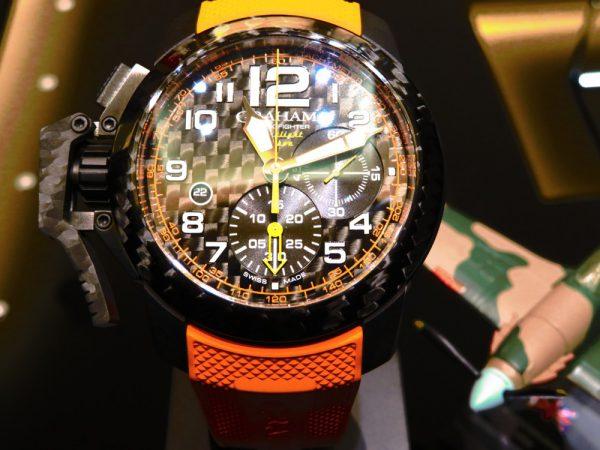 ビビットなオレンジカラー グラハムから「クロノファイタースーパーライトカーボン」-GRAHAM -IMG_0685-600x450
