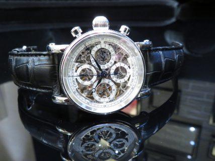 機械式時計を堪能できる、クロノスイス「シリウス クロノグラフ スケルトン」
