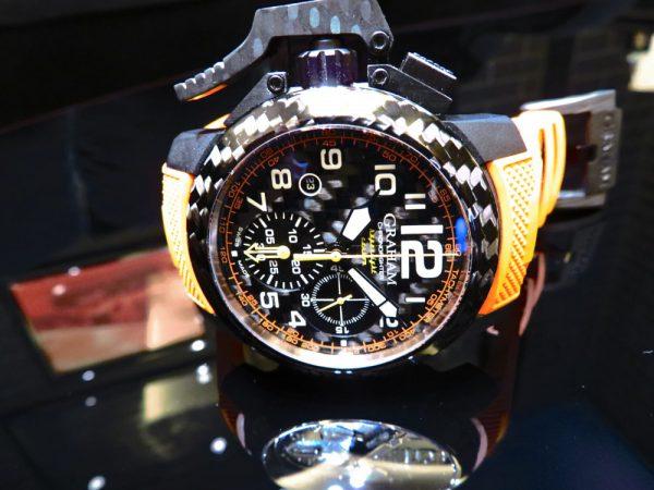 ビビットなオレンジカラー グラハムから「クロノファイタースーパーライトカーボン」-GRAHAM -IMG_0737-600x450