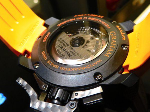 ビビットなオレンジカラー グラハムから「クロノファイタースーパーライトカーボン」-GRAHAM -IMG_0742-600x450