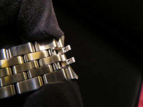本日はジャガー・ルクルトから24タイムゾーンを同時表示するトラベルウォッチ「ジオフィジック・ユニバーサルタイム」をご紹介!-Jaeger-LeCoultre -IMG_0558-600x450