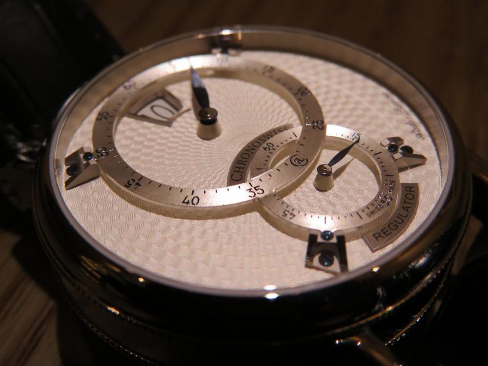 時刻をデジタル表示するユニークダイアル! クロノスイス「シリウス  フライング・レギュレーター・ジャンピングアワー」CH-8323-SISI-CHRONOSWISS -IMG_0809