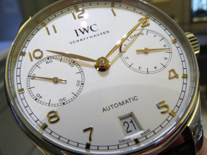 IWC 高級感漂う金針にシルバーダイヤル、ポルトギーゼ・オートマティック IW500704-IWC -IMG_1236-700x525
