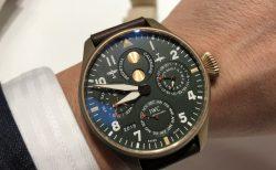 """IWCの新作モデルは自社製ムーブメントで高い技術と信頼性で魅せる。ビック・パイロットウォッチ・パーペチュアルカレンダー""""スピット・ファイア"""""""