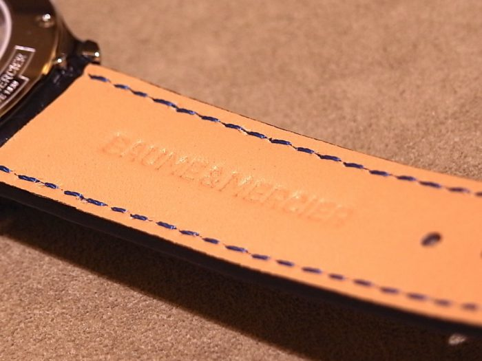 スイス製 自社開発の機械を搭載した「ボーマティック」待望のCOSC認定モデルが店頭入荷!-BAUME&MERCIER -R1169533-700x525