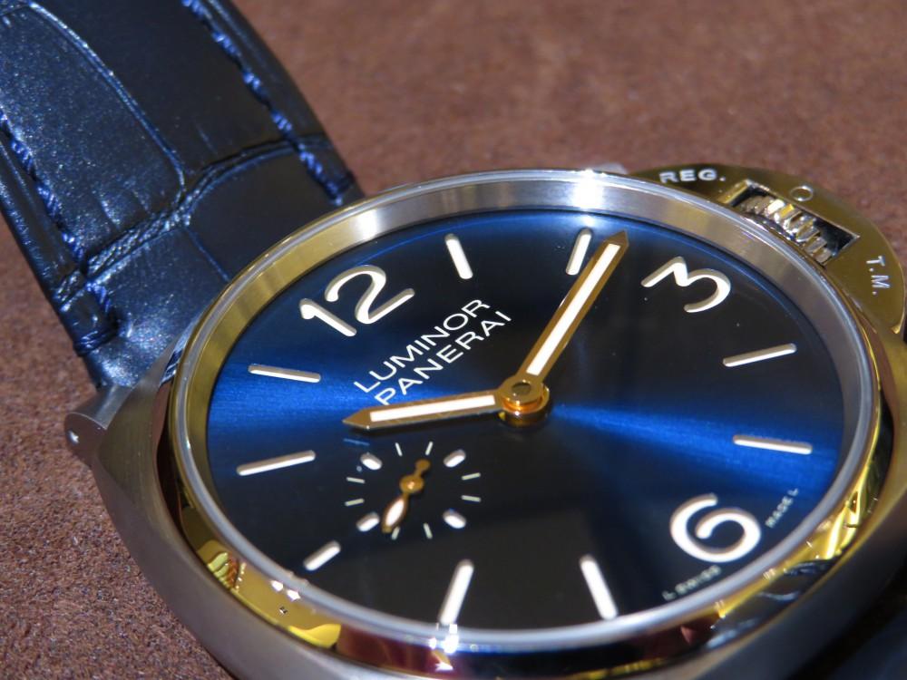 薄型のケースで袖口のおさまりが良い!ブルーの文字盤で知的に…パネライ PAM00728-PANERAI -IMG_0404