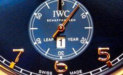IWC ハイエンドな永久カレンダー搭載の限定250本の「ポルトギーゼ・パーペチュアル・カレンダー・デジタル・デイト/マンス」