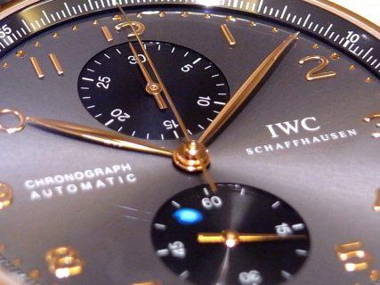 IWC レッドゴールドケースが上品に輝く!ワンランク上のポルトギーゼ・クロノグラフ。