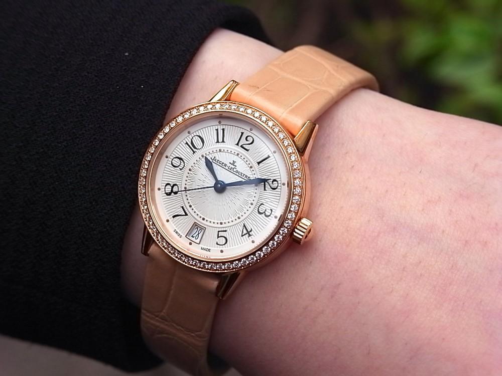 ジャガールクルト 時計の伝統と美に魅せられた女性に寄り添う「ランデヴー デイト」-Jaeger-LeCoultre -R1169615