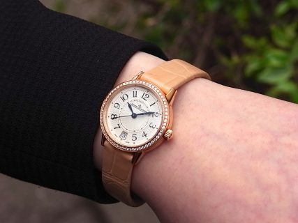 ジャガールクルト 時計の伝統と美に魅せられた女性に寄り添う「ランデヴー デイト」