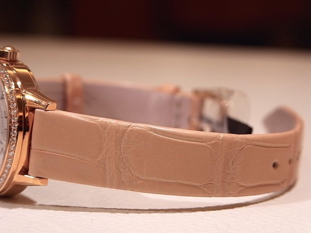 ジャガールクルト 時計の伝統と美に魅せられた女性に寄り添う「ランデヴー デイト」-Jaeger-LeCoultre -R1169643-1