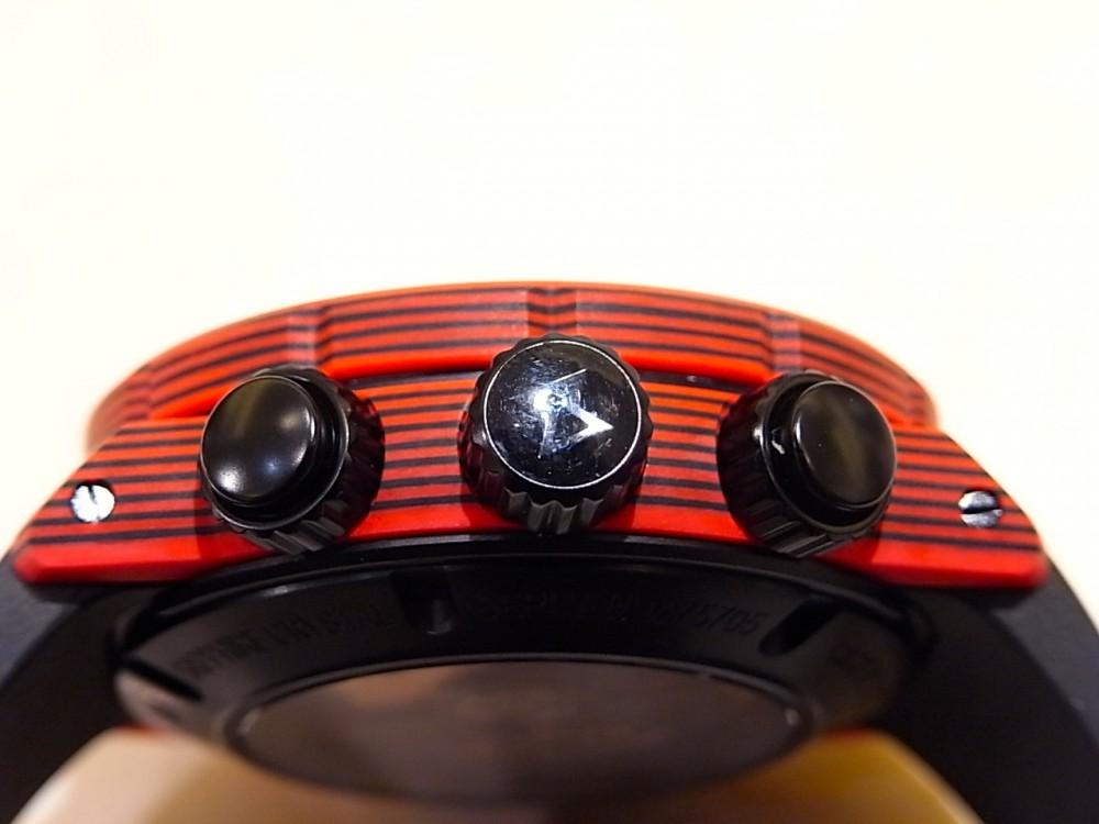 EDOX ブランド初!ケースとベゼルにカーボンを採用した「クロノオフショア1 カーボン クロノグラフ オートマチック」-EDOX -R1169703