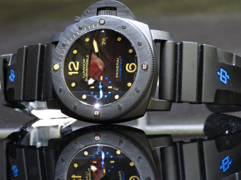 マットブラックで腕元に存在感を…PANERAIルミノール サブマーシブル 1950 カーボテック™ 3デイズ オートマティック-PANERAI -IMG_1162
