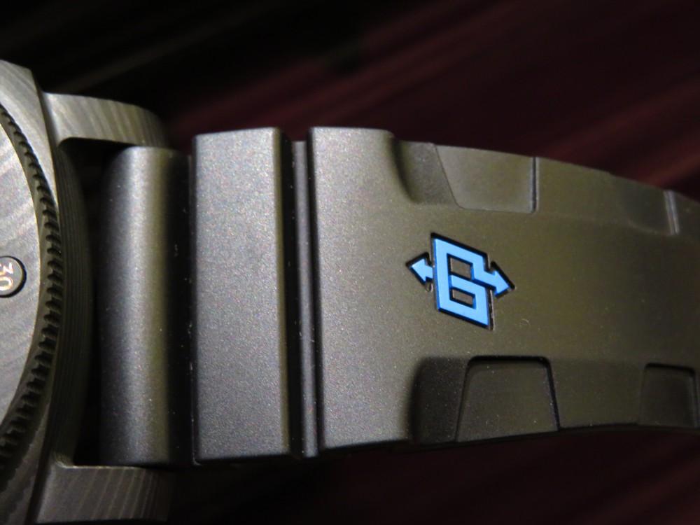 マットブラックで腕元に存在感を…PANERAIルミノール サブマーシブル 1950 カーボテック™ 3デイズ オートマティック-PANERAI -IMG_1165