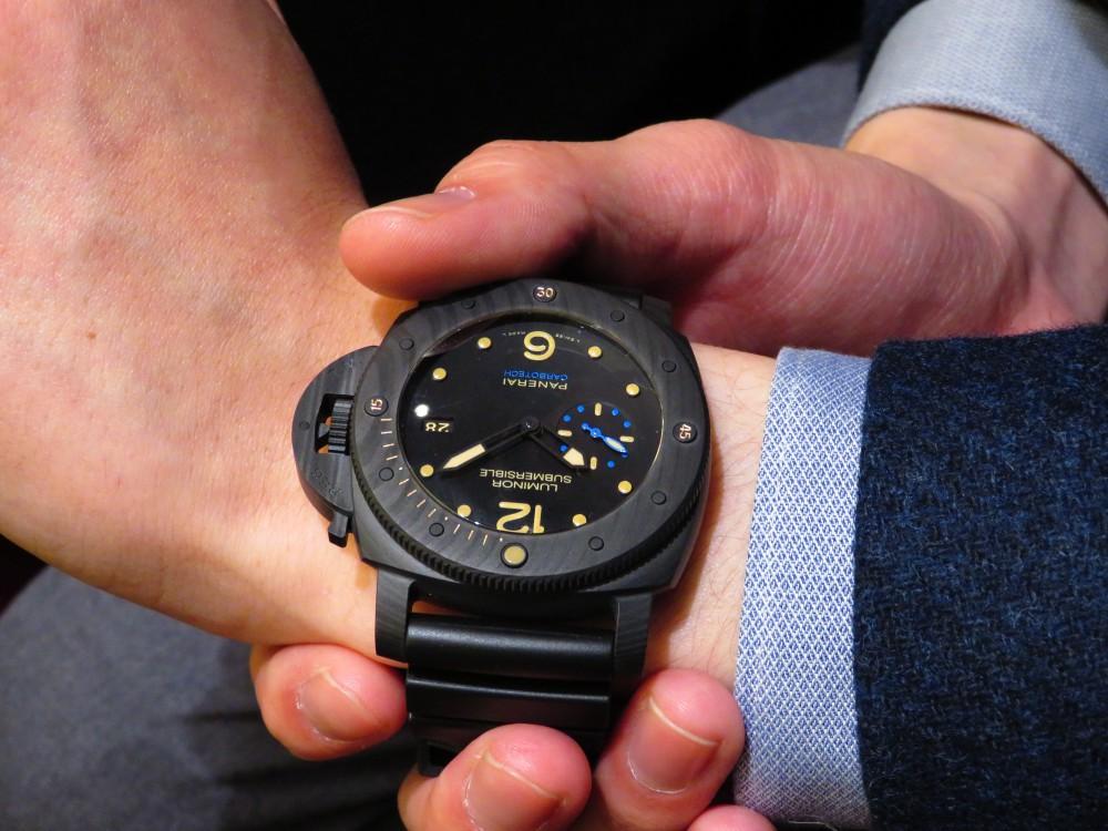 マットブラックで腕元に存在感を…PANERAIルミノール サブマーシブル 1950 カーボテック™ 3デイズ オートマティック-PANERAI -IMG_1173
