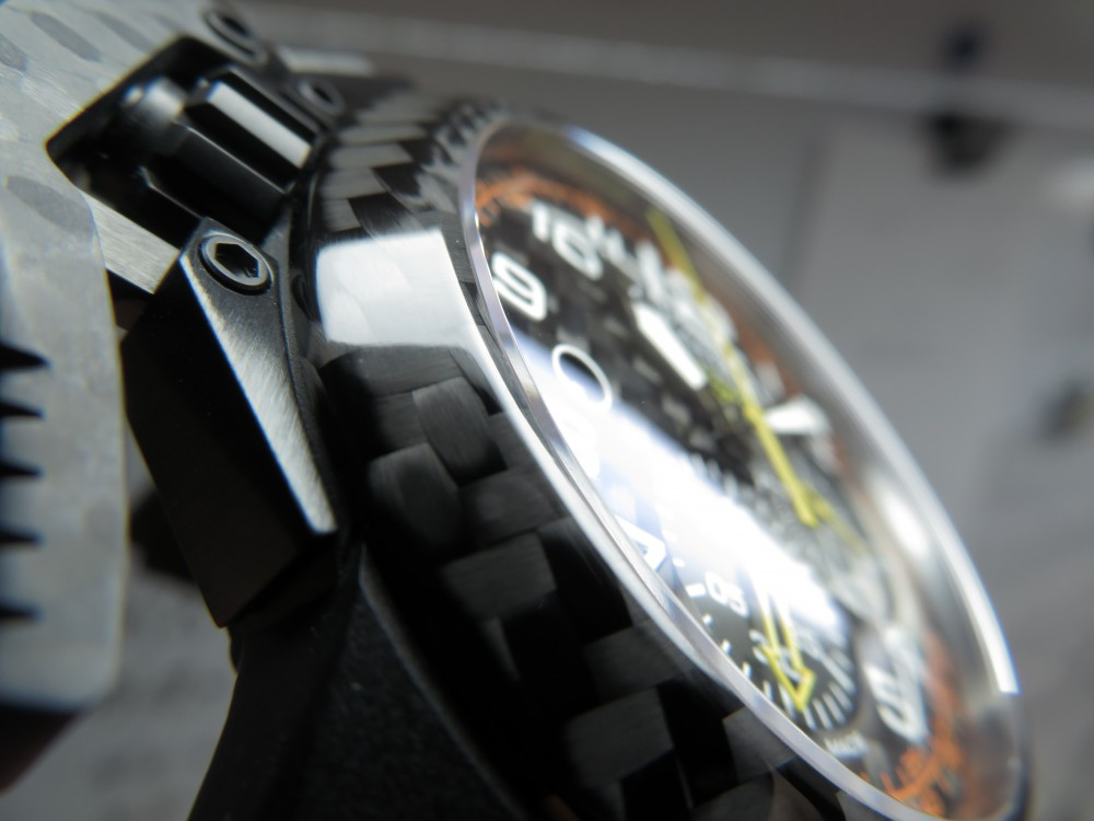 遊び心を忘れない時計。グラハムから「クロノファイター スーパーライトカーボン」をご紹介。-GRAHAM -IMG_1239